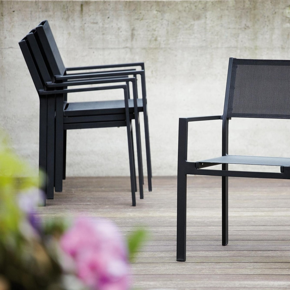 cubic garden armchair jan kurtz. Black Bedroom Furniture Sets. Home Design Ideas