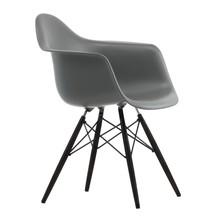 Vitra - Eames Plastic Armchair DAW Ahorn schwarz