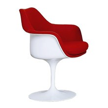 Knoll International - Chaise avec accoudoirs Tulip Saarinen captitonnée