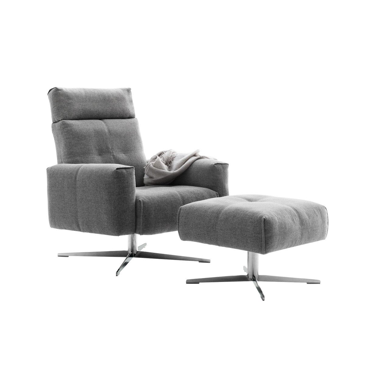 Rolf Benz 50 Sessel mit Hocker | Rolf Benz | AmbienteDirect.com