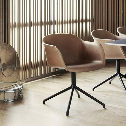 Muuto - Fiber Chair Drehstuhl gepolstert