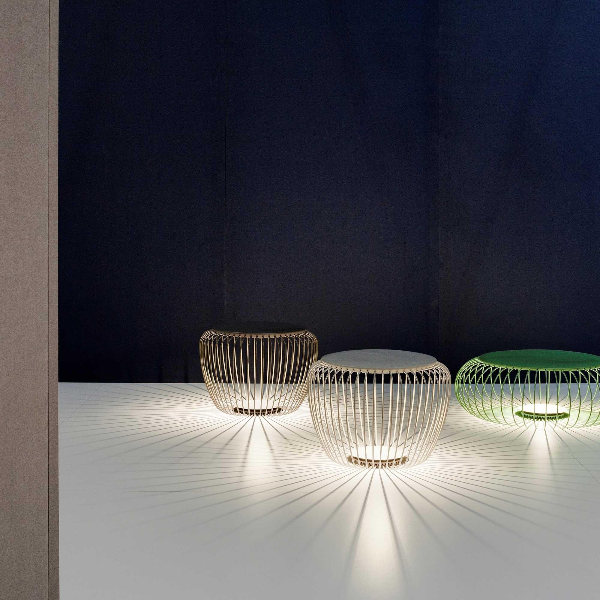 Picture of: Vibia Meridiano 4710 Led Outdoor Floor Lamp Ambientedirect