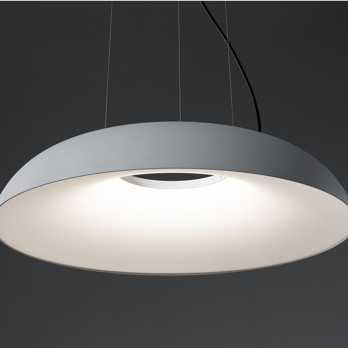 Maggiolone led suspension lamp martinelli luce for Suspension 4 lampes