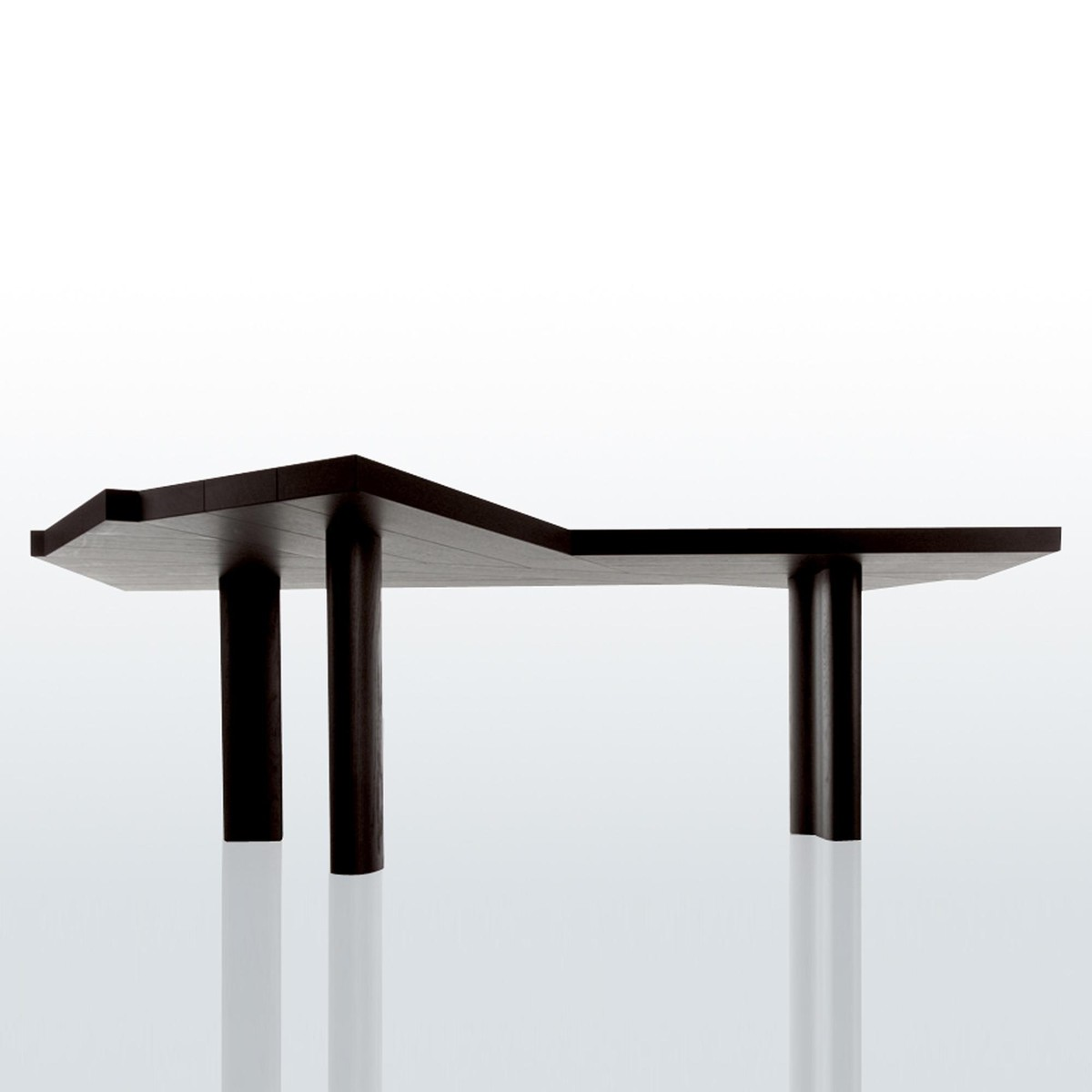511 ventaglio table de salle manger cassina for Table de salle a manger hemisphere sud