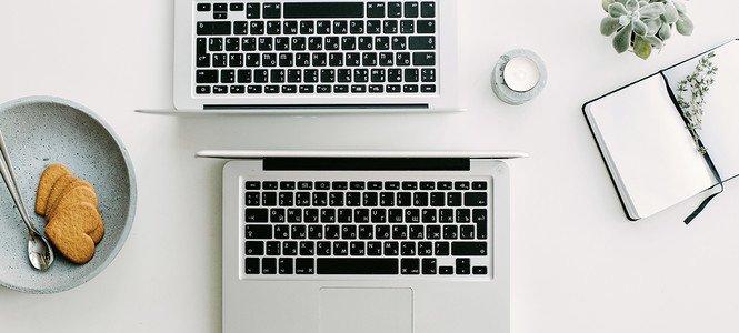 Schreibtisch Laptops