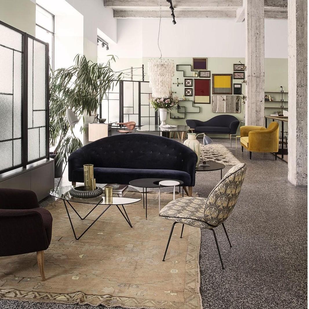 paradis 2 sitzer sofa gubi. Black Bedroom Furniture Sets. Home Design Ideas