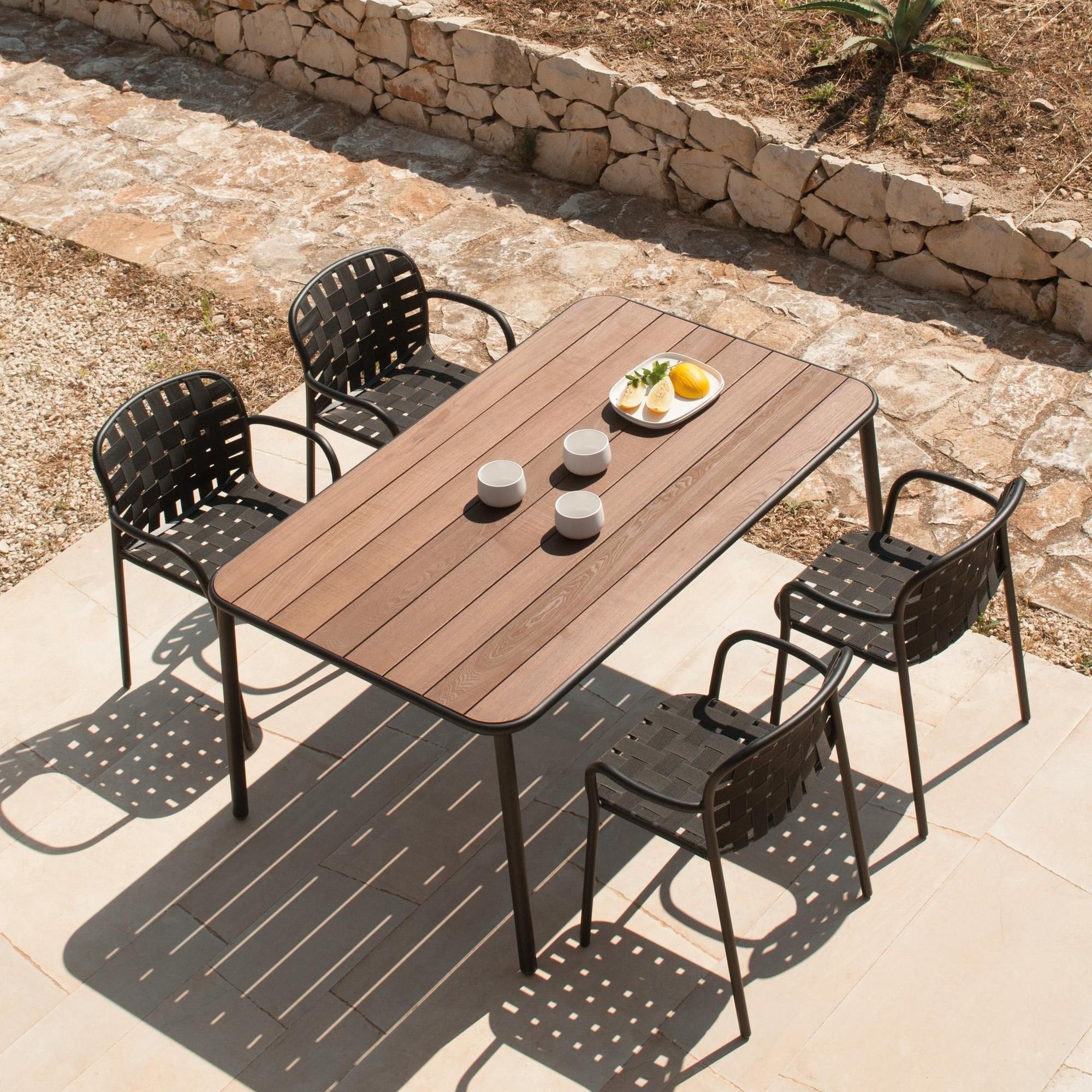 emu Yard - Table de jardin bois de frêne 160x97.5 | AmbienteDirect
