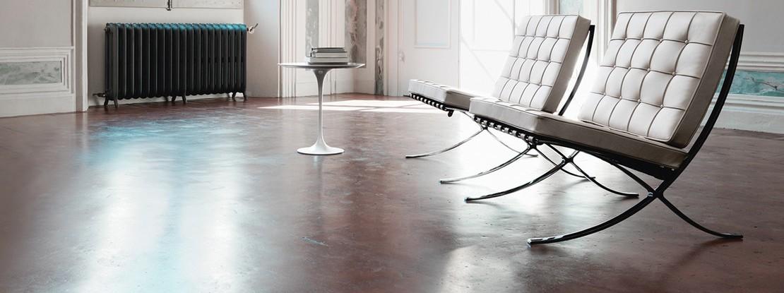 Raum mit zwei Stühlen