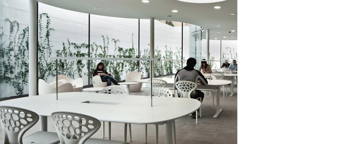 Moroso Muebles design en línea | AmbienteDirect