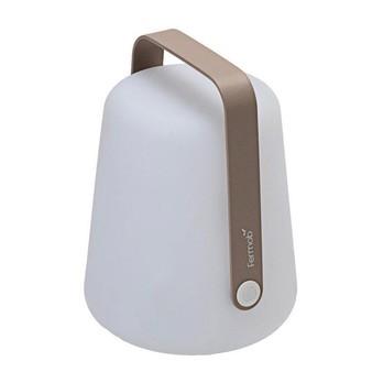 Fermob - Balad mobile LED Leuchte mit Akku - weiß/muskat hellbraun/Ø19cm/H 25cm/2 Helligkeitsstufen + OFF