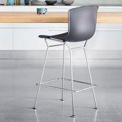 Knoll International - Bertoia Plastic Barhocker - schwarz/Gestell Chrom glänzend