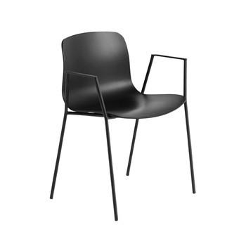 HAY - About a Chair 18 Stuhl mit Armlehnen - schwarz/Gestell Stahl schwarz lackiert/H x B x T: 78 x 58 x 50cm