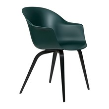 Gubi - Bat Dining Chair Gestell Buche schwarz