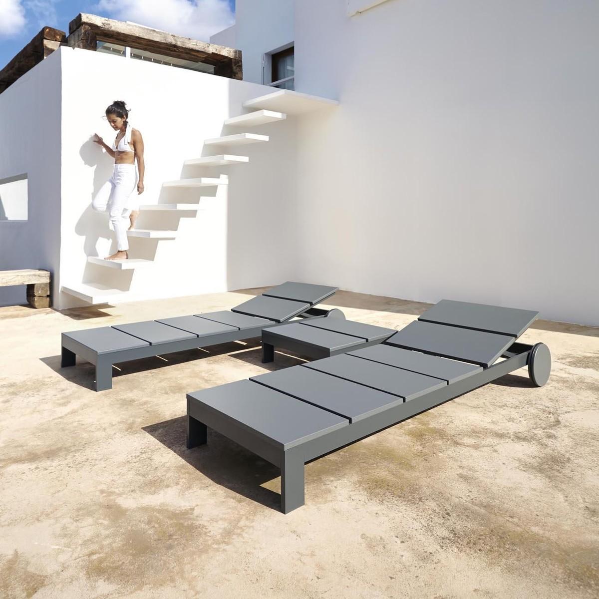 na xemena liege mit rollen gandia blasco sonnenliegen gartenm bel outdoor. Black Bedroom Furniture Sets. Home Design Ideas