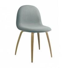 Gubi - 3D Dining Chair gepolstert Gestell Holz
