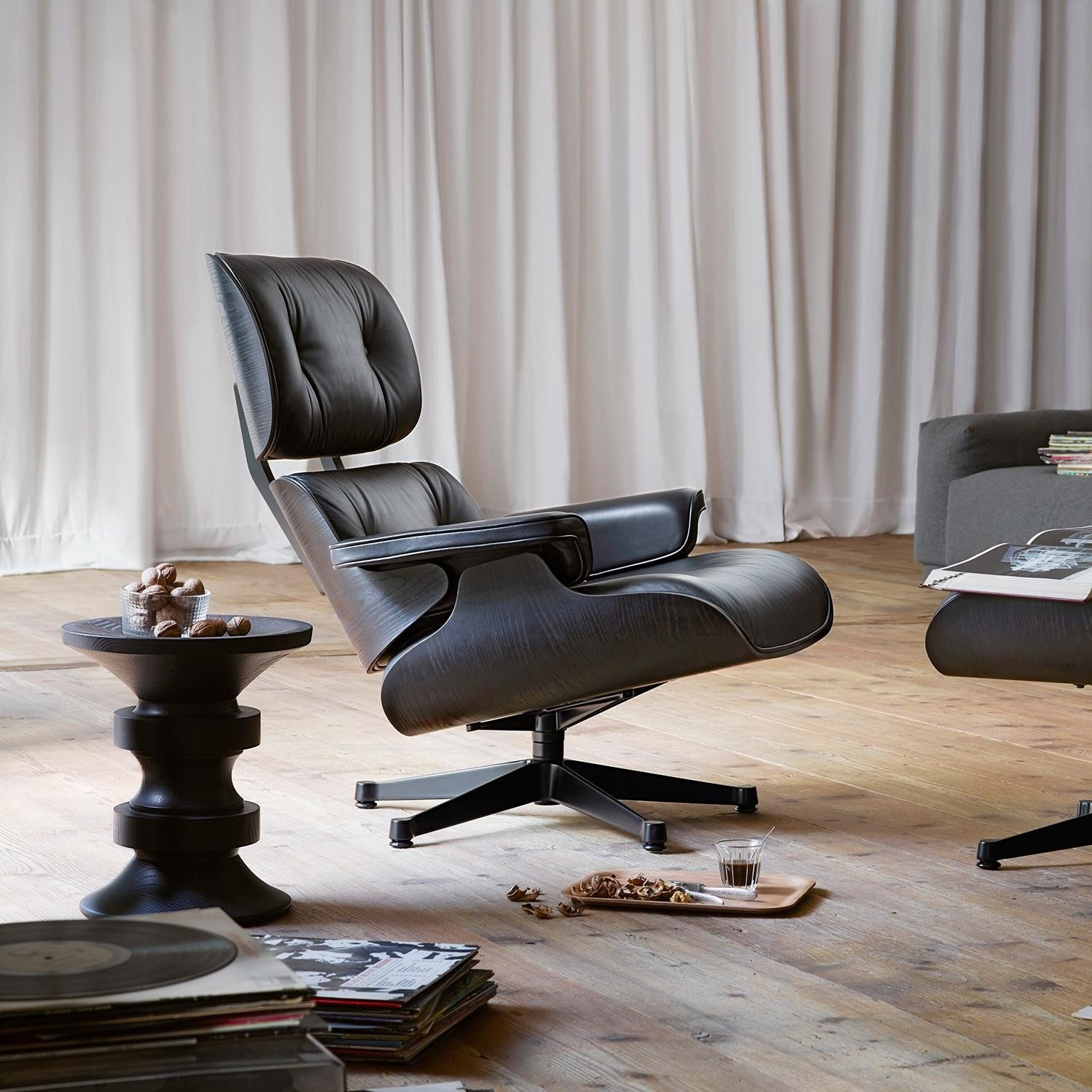eames lounge chair drehsessel vitra. Black Bedroom Furniture Sets. Home Design Ideas