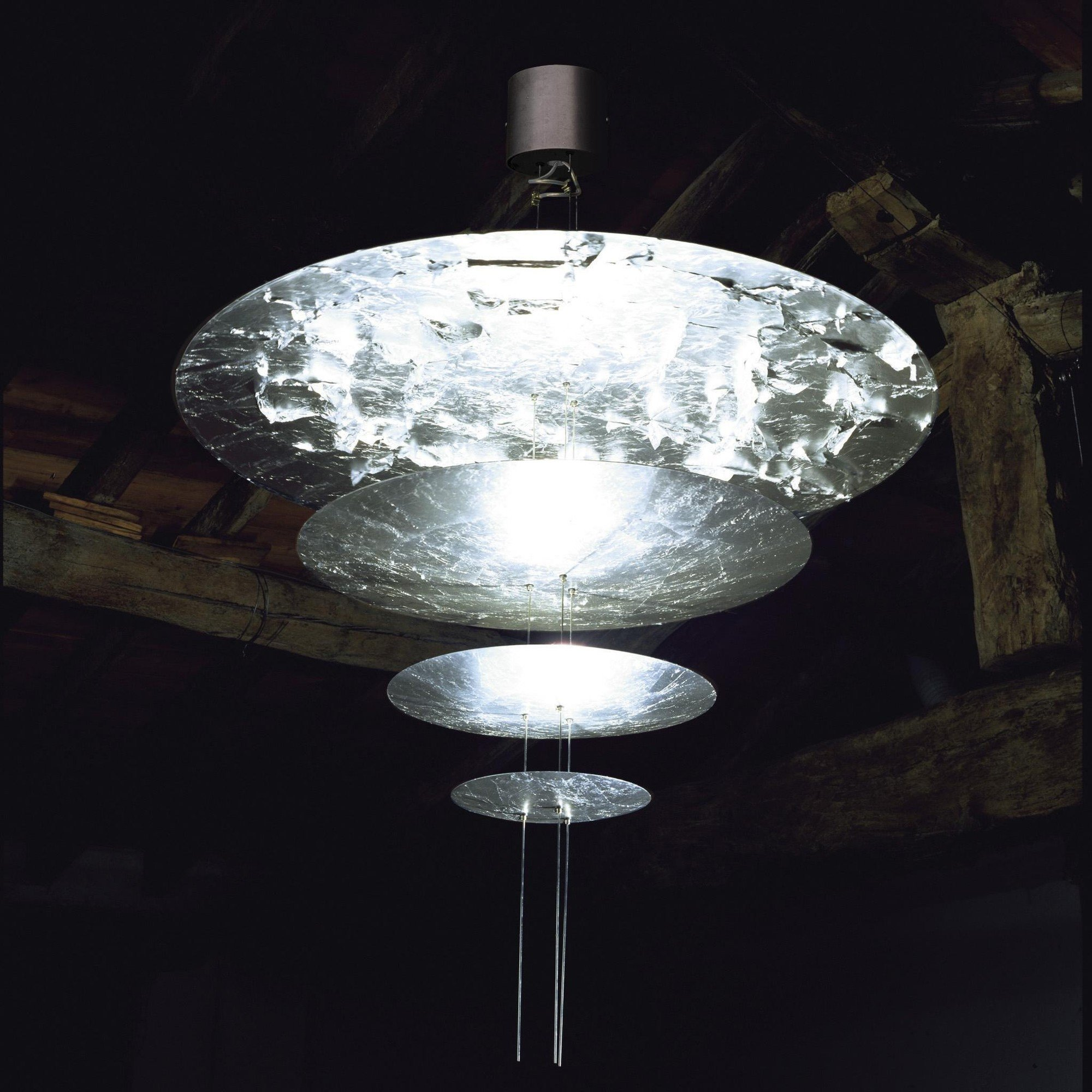 Macchina Della Luce A LED Suspension Lamp | Catellani & Smith ...