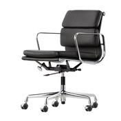 Vitra - EA 217 Soft Pad Eames Alu Chair Bürostuhl - Leder nero schwarz 66/Gestell aluminium poliert/mit weich gebremsten Rollen