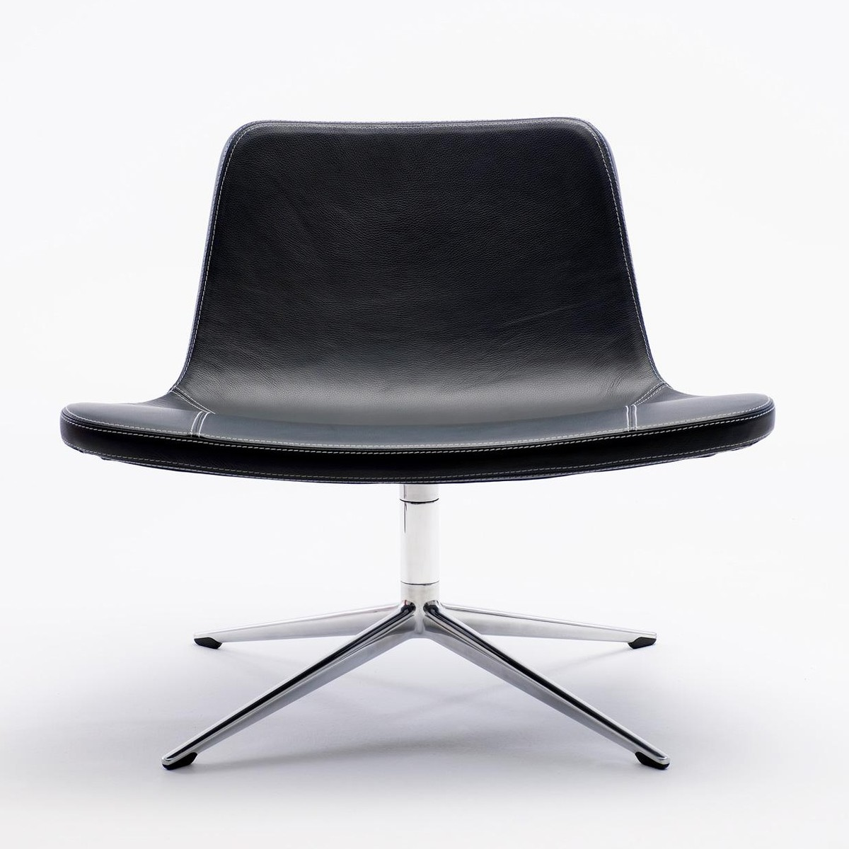 Ray swivel lounge leder drehsessel hay drehst hle - Drehsessel lounge ...