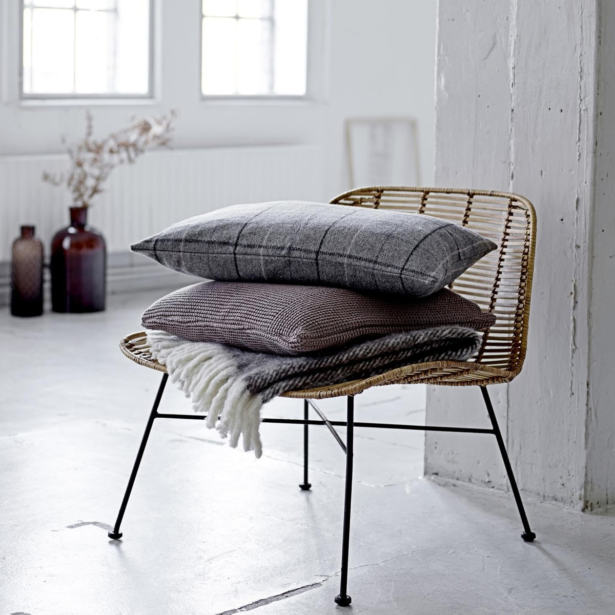 Bloomingville   Bloomingville Throw With Fringes