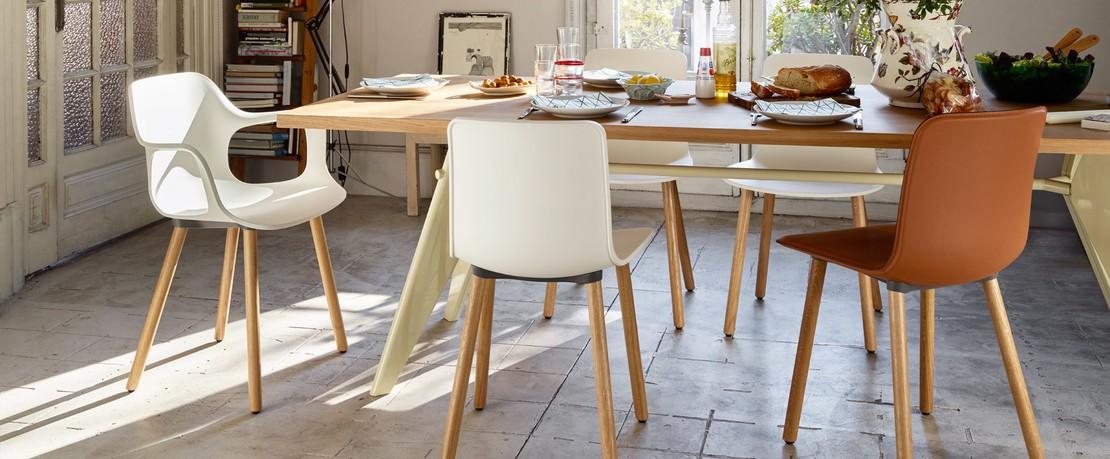 Vitra Esstisch mit Hal Stühlen