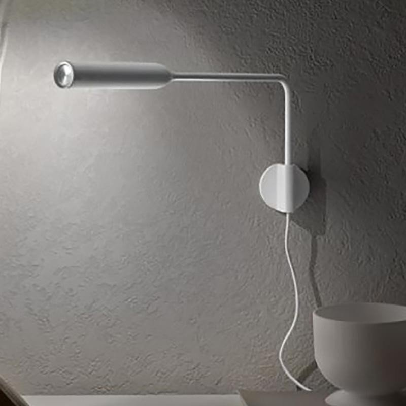 lumina flo led wandleuchte mit stecker ambientedirect. Black Bedroom Furniture Sets. Home Design Ideas