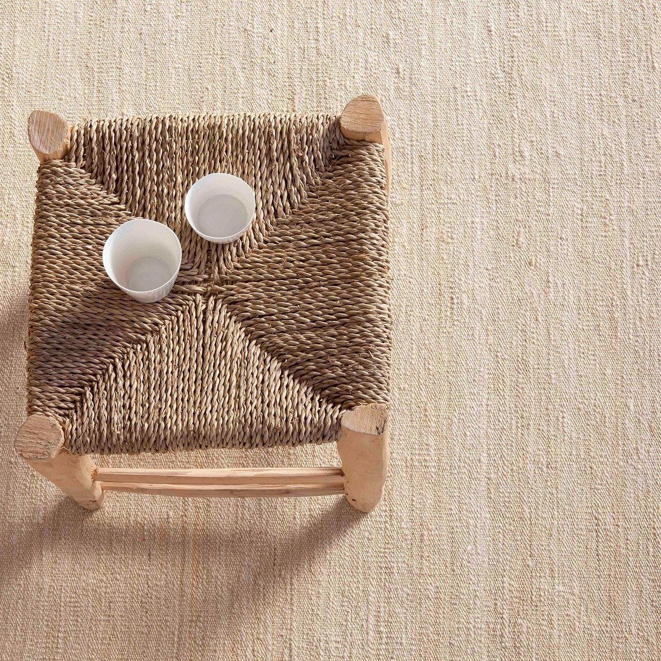 wollteppich teppich wolli x strick karo wollteppich schwarz grau handarbeit with wollteppich. Black Bedroom Furniture Sets. Home Design Ideas