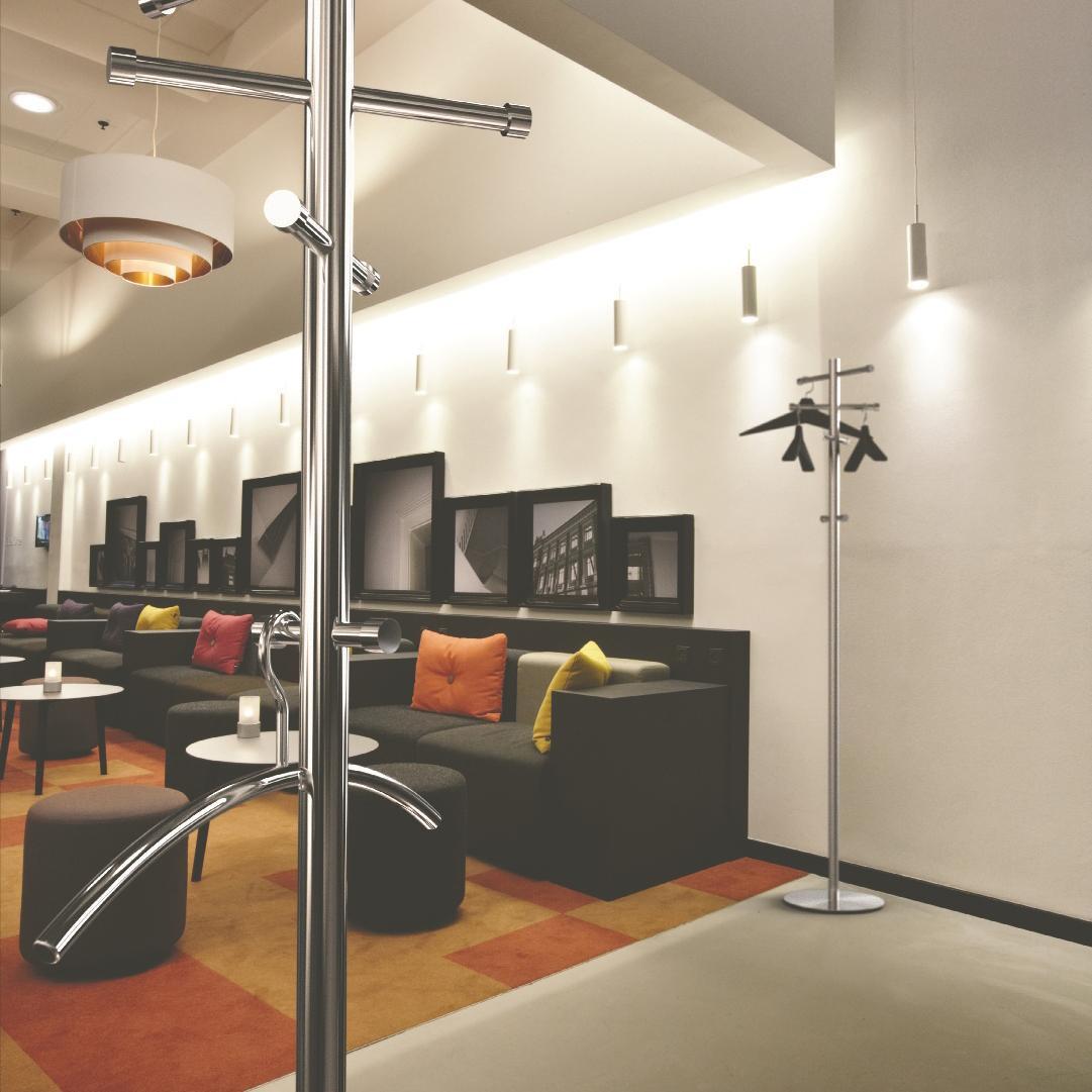 nova garderobenst nder frost garderoben m bel. Black Bedroom Furniture Sets. Home Design Ideas