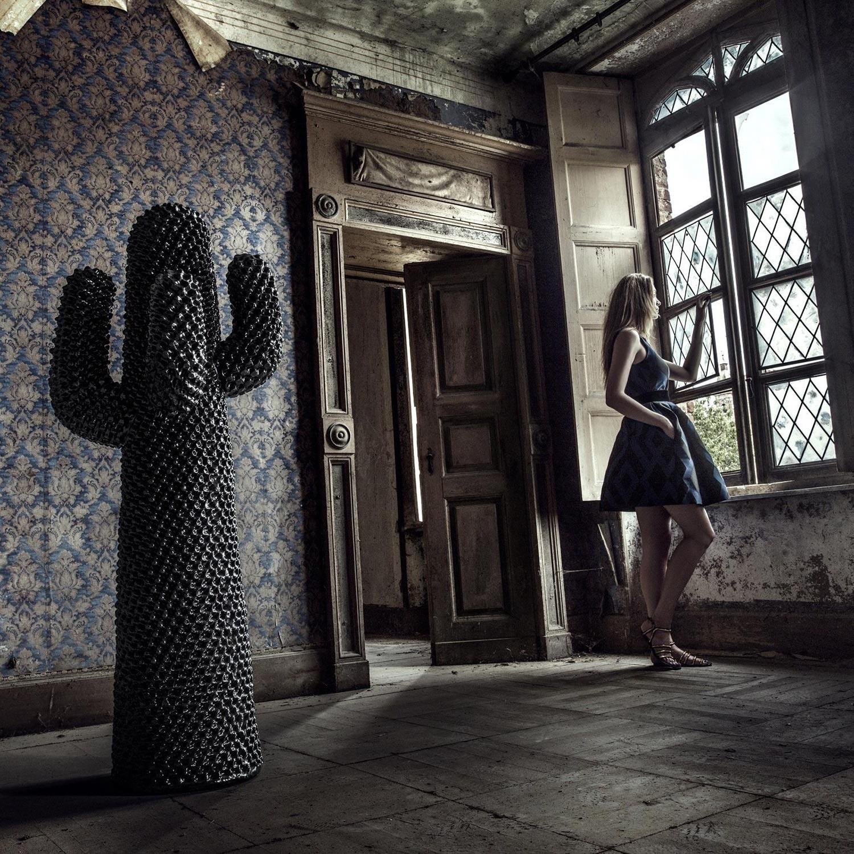 gufram porte manteaux cactus ambientedirect. Black Bedroom Furniture Sets. Home Design Ideas