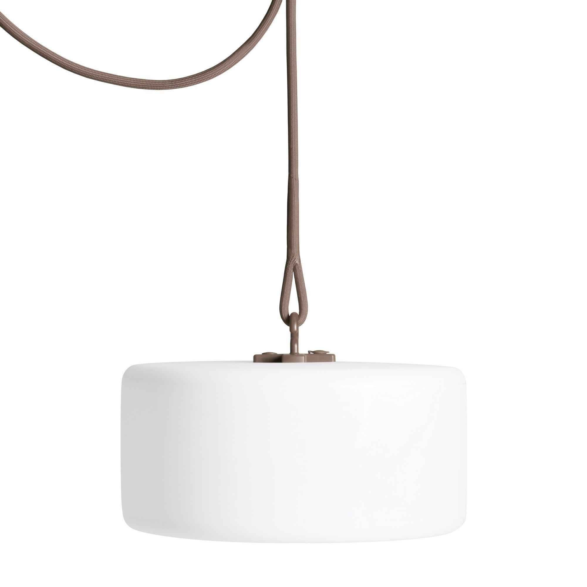 fatboy thierry le swinger lampe avec batterie ambientedirect. Black Bedroom Furniture Sets. Home Design Ideas