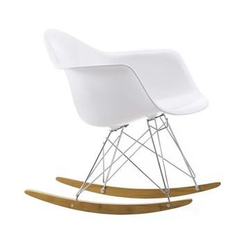 Vitra - Eames Plastic Armchair RAR Schaukelstuhl Chrom - weiß/Polypropylen/Gestell Chrom/ Kufe Ahorn