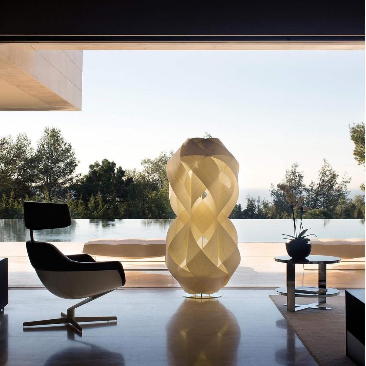 Anfora Floor Lamp | LZF Lamps | AmbienteDirect.com