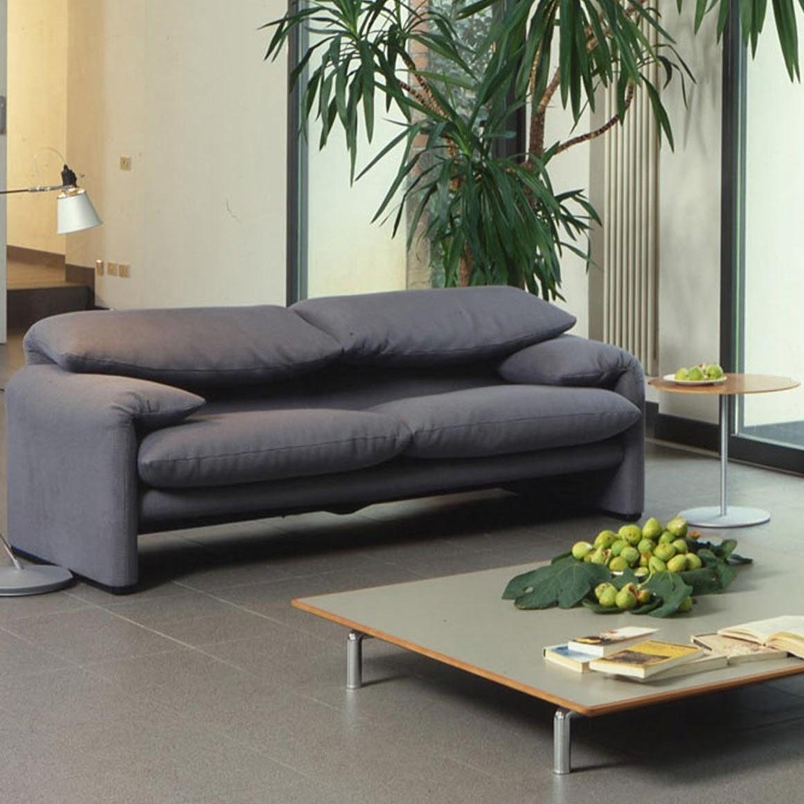 cassina maralunga 40 2 seater sofa 190x86cm ambientedirect