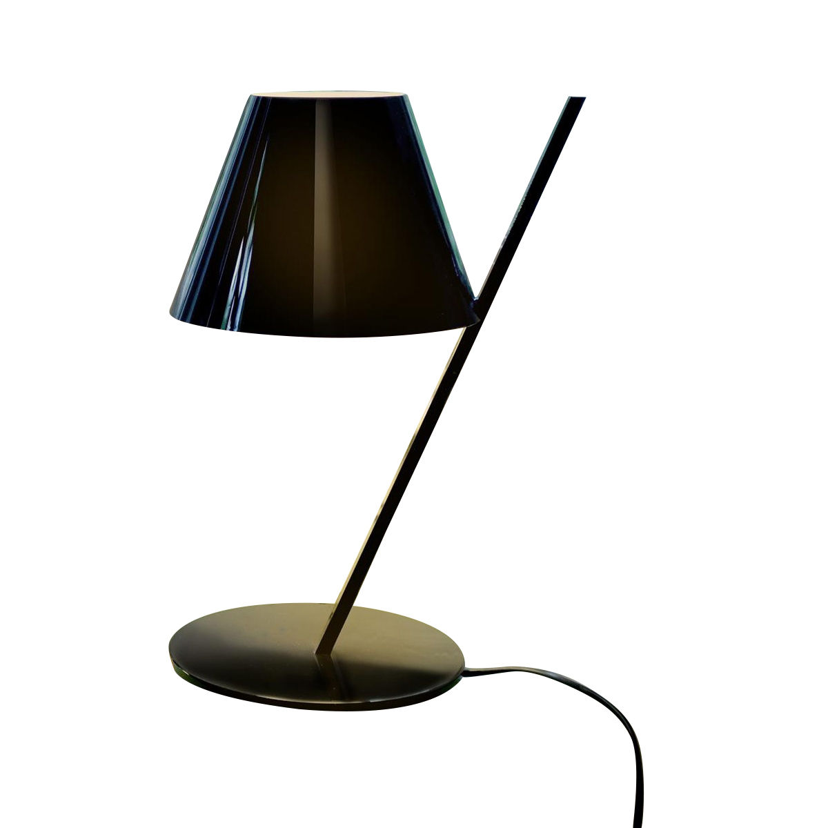 la petite led lampe de table artemide. Black Bedroom Furniture Sets. Home Design Ideas