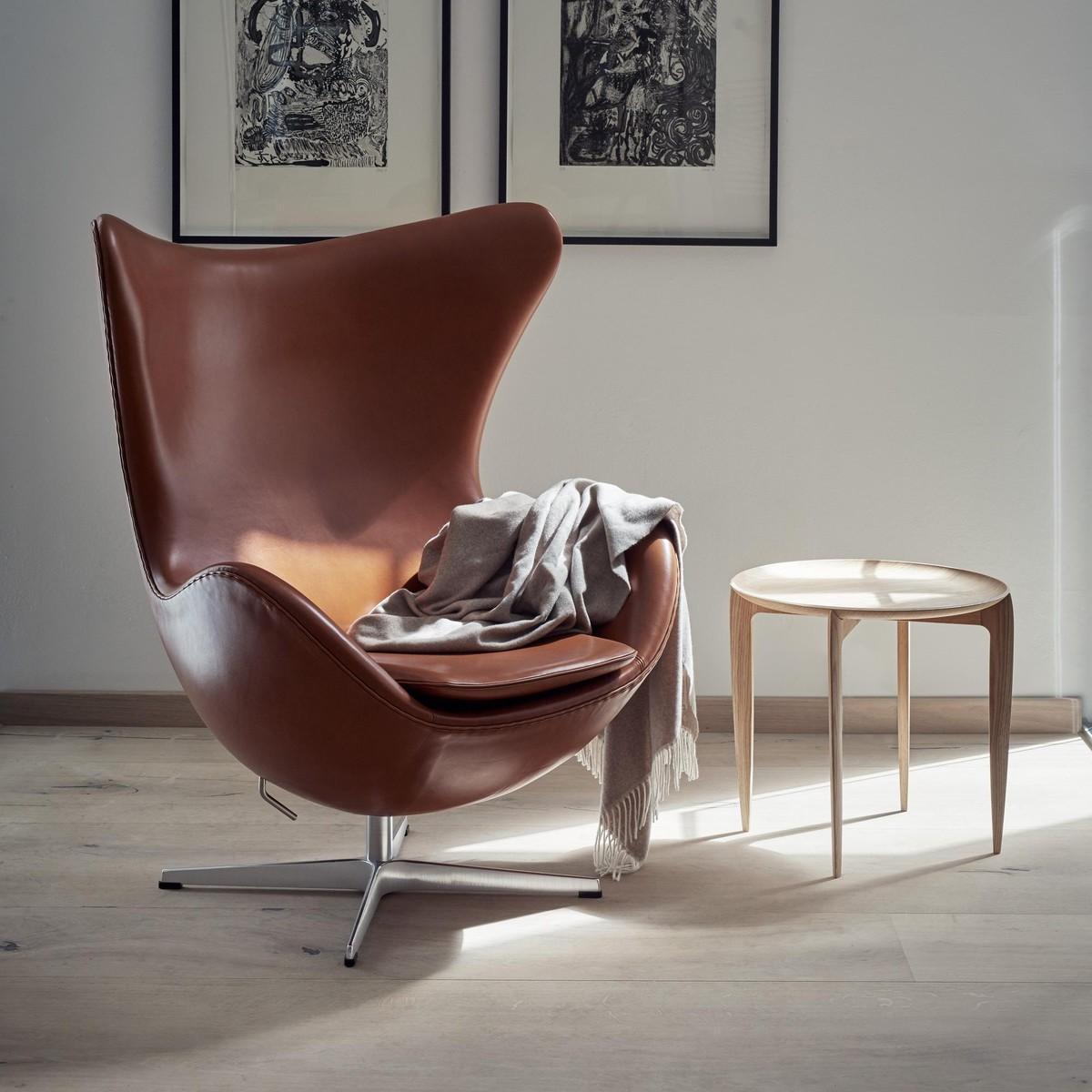 promotion set egg chair footstool leather fritz hansen. Black Bedroom Furniture Sets. Home Design Ideas
