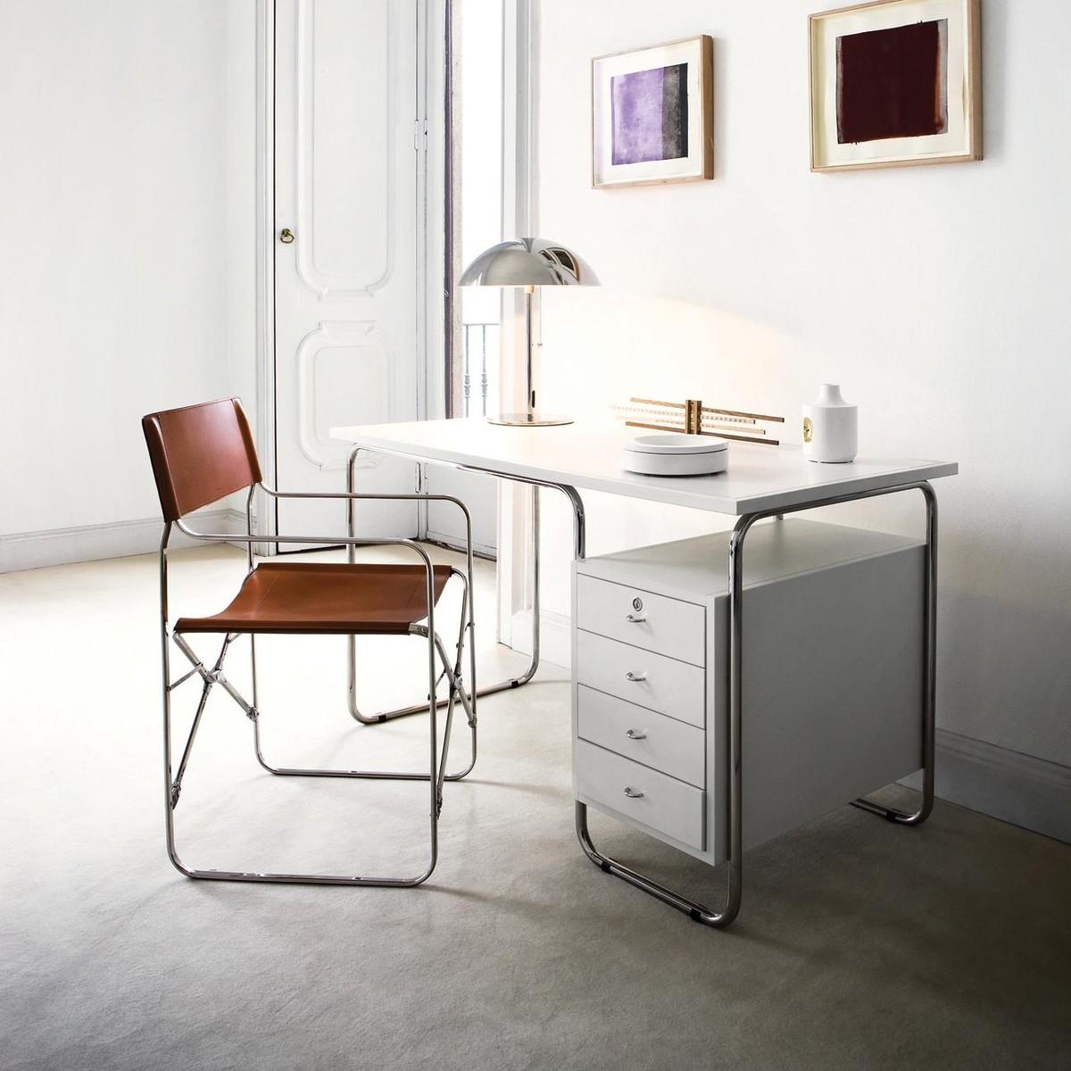 Comacina table bureau zanotta for Bureau zanotta